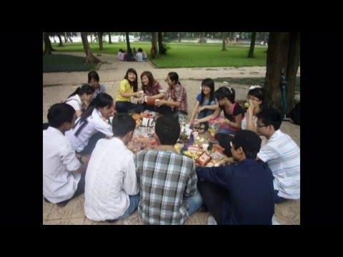 ẢNH LỚP B1 TRƯỜNG THPT TRIỆU SƠN 3 NGÀY: 11/9/2011(DVD).mkv