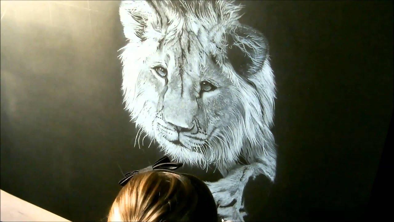 Speed drawing young lion dessin lion crayon blanc sur - Lionne dessin ...