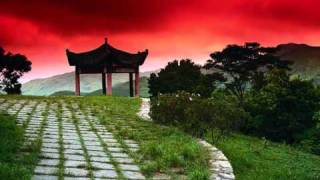 Compo 36 - musique asiatique chinoise lente mais puissante et majestueuse