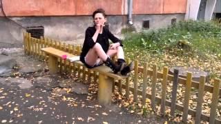 Девушка наркоманка делится знанием русского языка▲ЖмиПоделиться▼