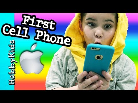 HobbyPig BUYS First Cell Phone! Apple Store iPhone 6 Family Fun Vlog HobbyKidsVids