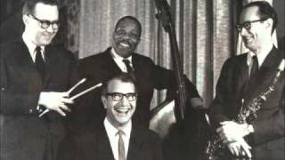 The Duke - The Dave Brubeck Quartet (Live)