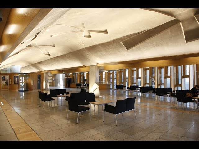 Immersive Tour: The Main Hall at the Scottish Parliament (BSL)