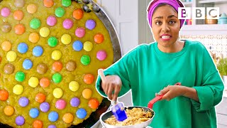 The quickest giant chocolate chip cookie you will ever make! | Nadiya's Time to Eat - BBC