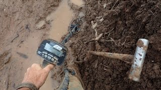 Metal Detecting in the Mud!