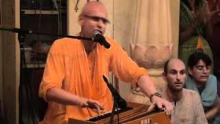 12 Hour Kirtan Kadamba Kanana Swami 2