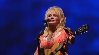 Dolly Parton Performs Rocky Top for University of Tennessee Graduates