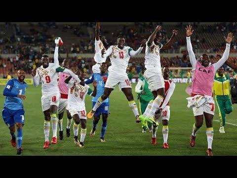 Revivez l'arrivée des joueurs de l'équipe nationale à Dakar