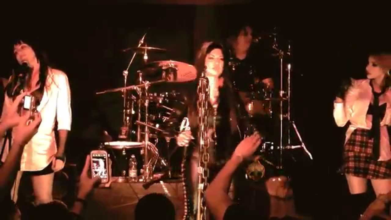Medley (covers live) Tribute Band - YouTube