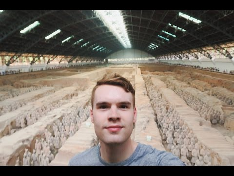 THE TERRACOTTA WARRIORS 🇨🇳 TRAVELLING TO CHINA'S HIDDEN ARMY