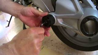 Video Installing  DriveShaft Slider/ Protector Cardan BMW DS Bike Protection download MP3, 3GP, MP4, WEBM, AVI, FLV Juni 2018