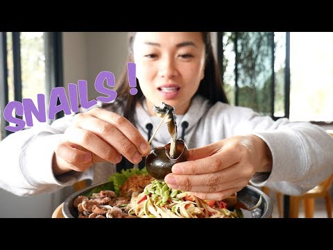 GIANT SNAIL (Escargot) Papaya Salad | SASVlogs *MUKBANG กินตำบักหุ่งหอย