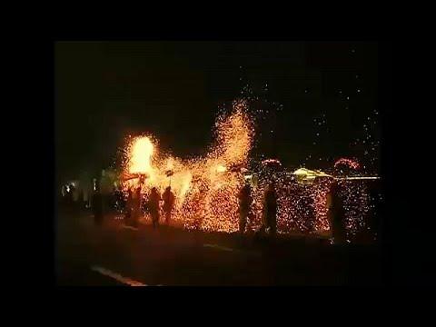 شاهد مهرجان فوانيس الربيع الصيني.. حكايةُ بهجةٍ وفرح  - نشر قبل 2 ساعة