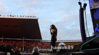 Harry Styles taking photos of the crowd (faninteraction), Helsinki Finland HD