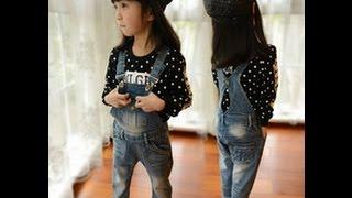 Модные джинсовые комбинезоны для девочек