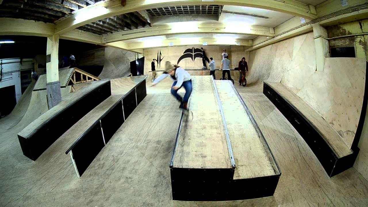 Trip to backyard skatepark karlsruhe germany youtube for Indoor skatepark design uk
