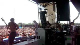 Warped 7/24/09 Dear Maria, Count Me In - All TIme Low (From On Stage)