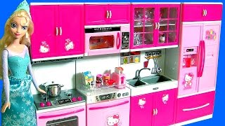 Video HELLO KITTY Deluxe Kitchen Toy Cooking with Elsa Disney Frozen Play Doh Surprises download MP3, 3GP, MP4, WEBM, AVI, FLV Maret 2018