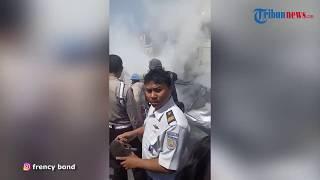 Video Insiden Mobil Tertabrak hingga Terseret Kereta Api di Grobogan, 4 Orang Tewas