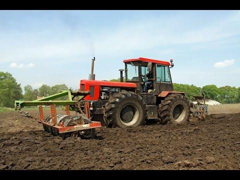 Bären aus Bayern | Schlüter Profi Trac 3500 TVL | Unique tractor ploughing