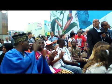 Journée du Bénin à l'Expo Milan 2015 V10 Animation du groupe Super Anges du Bénin de ALADE Coffi Ado