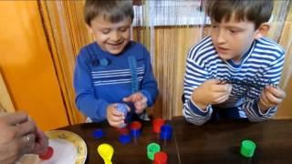 Антистресс из лизунов и крахмала, орущие шары из разноцветных шариков
