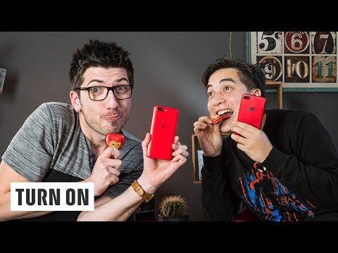 Rotes Smartphone zum Valentinstag? (Un)sinn von Sondereditionen – TURN ON Talk