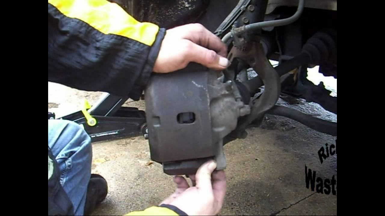 How To Change The Front Brakes On A Honda Accord Youtube