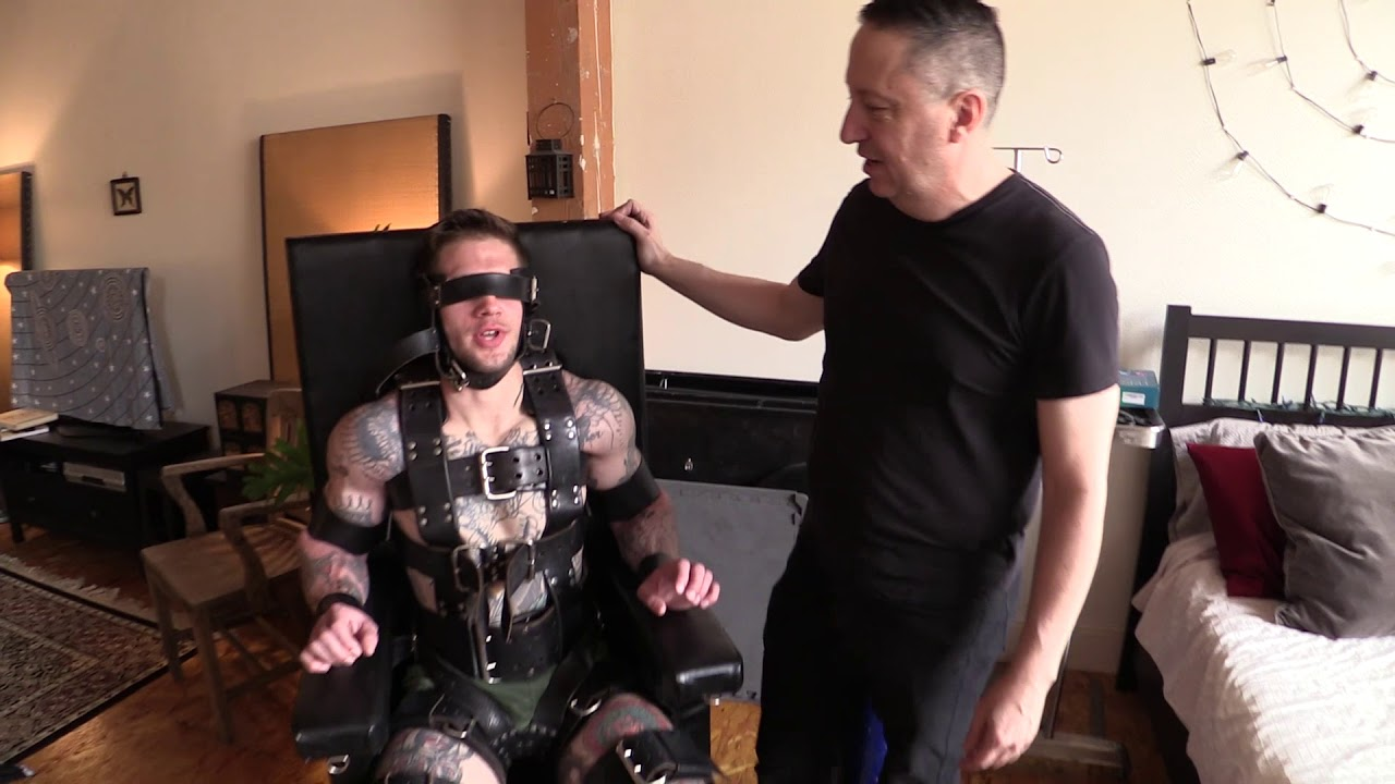Download Bondage with Eight Men Preview