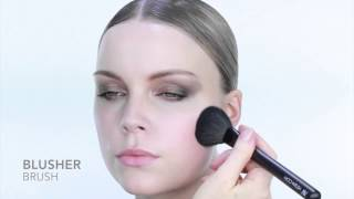 Nicci Welsh Blusher brush Thumbnail