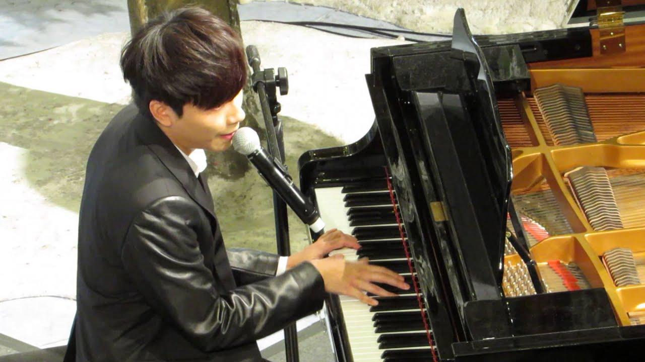 20141228 羅力威 - 鋼琴彈奏 + 潮水@羅力威新EP發佈會 - YouTube