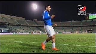 الجماهير تهتف لمحمد إبراهيم قبل نزوله.. واللاعب يرد: «مش هينزلني لو ناديتوا تاني»