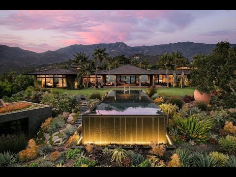 Modern Tropical House with wonderful views of both the mountains and the ocean