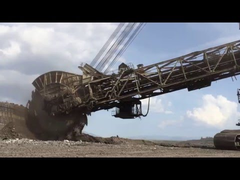 Bucket Wheel Excavator - Mining Mega Machines