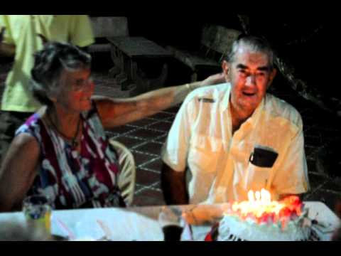 Happy Birthday to Bill in the Mekong-Ba Duc ancient house.AVI