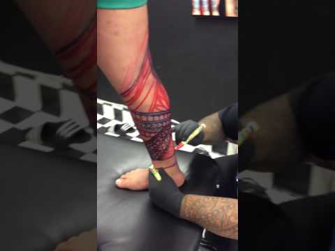 Freehand master Tavita at Ink Vibe Tattoo Studio Wyoming nsw Australia