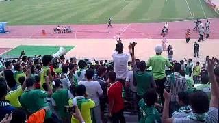 جمهور الاهلي اطفينا في الملعب نورا [جديد]