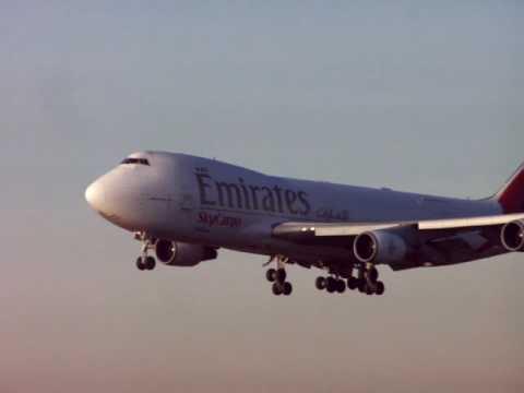 Emirates SkyCargo Boeing 747 on final approach
