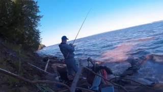 Рыбалка на Волге. Ловля леща на фидер, видео.