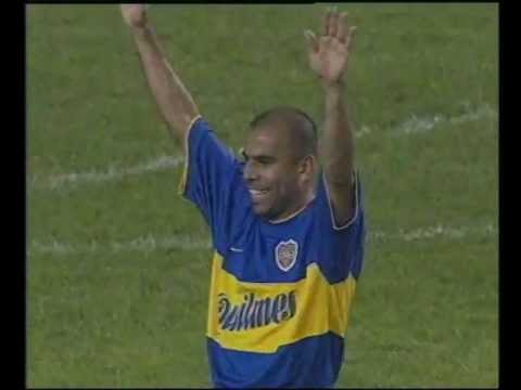 Golazo del Chicho Serna vs Lanus 2000