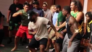 Hypnotist Event Turns Into Hawaii Football Scholarship Award