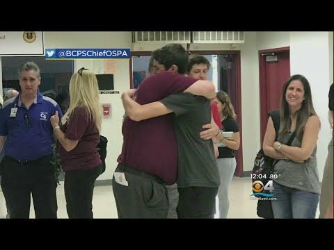 Teachers Return To Stoneman Douglas High
