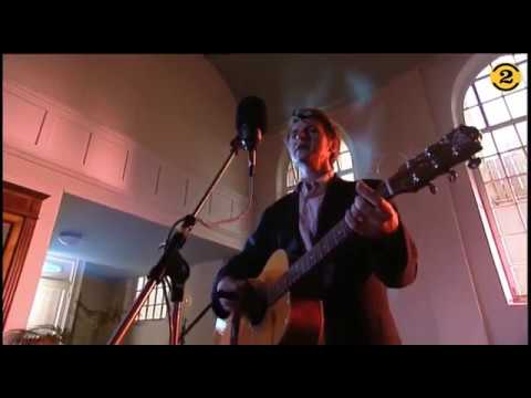 "Neil Finn ""Four Seasons In One Day"" live 1998 