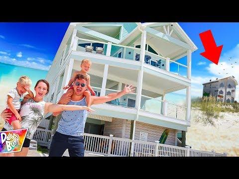 Exploring Mystery Beach Vacation House! (SPOOKY NEIGHBORS!)