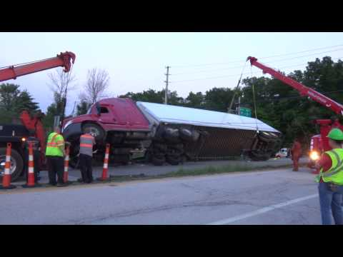 World Truck Towing & Recovery, Inc. Rollover Recovery