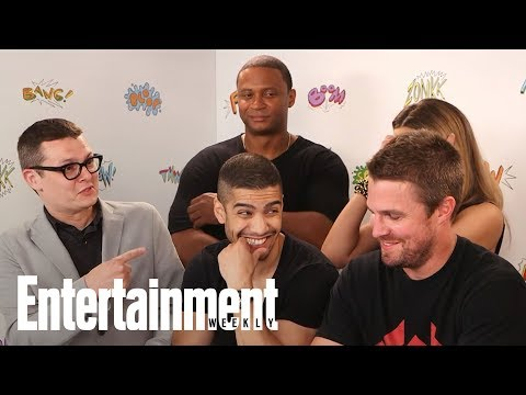 'Arrow': Next 'Epic' Crossover Will Be Rooted In The DCU | SDCC 2017 | Entertainment Weekly
