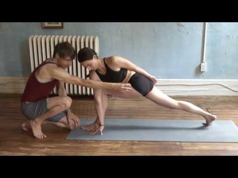Asana Kitchen: Revolved Side Angle Posture (Parivrtta Parsvakonasana) with David Garrigues
