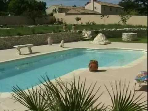 Piscine provence polyester big pool palace youtube for Provence piscine polyester