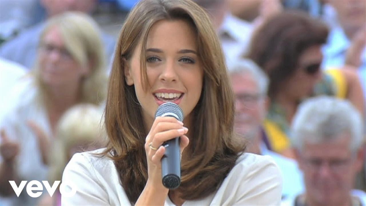 Wolkenfrei - Champs-Élysées (ZDF-Fernsehgarten 7.9.2014) (VOD)
