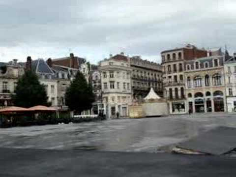 la place du centre ville de saint quentin youtube. Black Bedroom Furniture Sets. Home Design Ideas